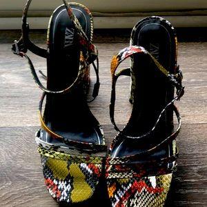 Zara Multi-color Snakeskin Print Hees